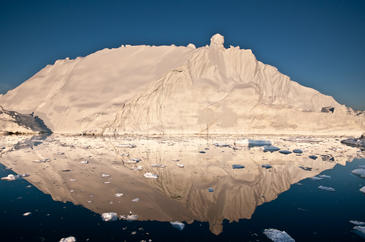 Tanto la Antártida como Groenlandia pierden masa de hielo de manera constante. Imagen: Ian Joughin.