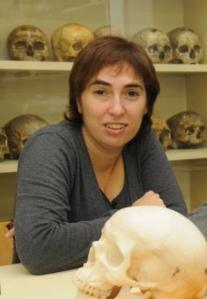 La profesora Mireia Esparza, de la UB, es coautora del estudio. Imagen: UB