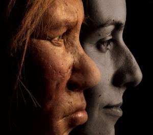 Recreación artística de un neandertal y un humano moderno.